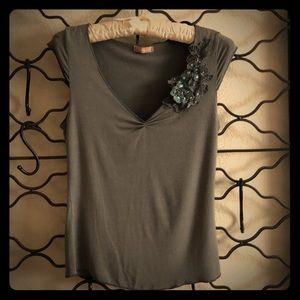 Forever 21 cap- sleeve flower detail shirt